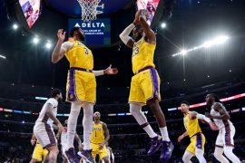 Lakers, Bucks y Clippers, favoritos NBA en las apuestas