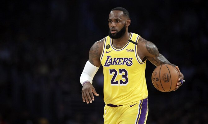 LeBron James, Los Angeles Lakers vs Los Angeles Clippers