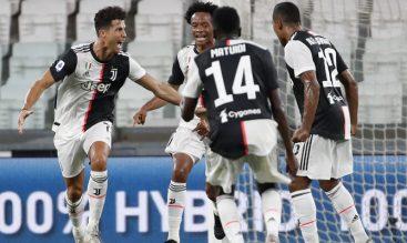 Celebración de gol Juventus vs Roma