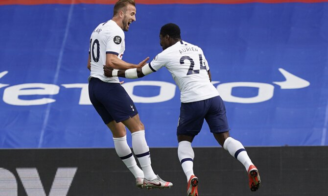 Harry Kane y Serge Aurier, Tottenham vs Everton