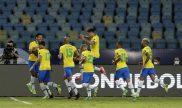 Firmino celebra un gol junto a sus compañeros en la imagen. Cuotas Brasil vs Perú Copa América 2021